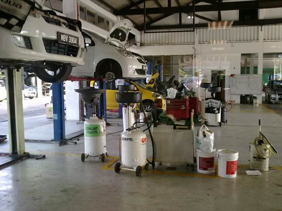 perodua-service-centre-repairing