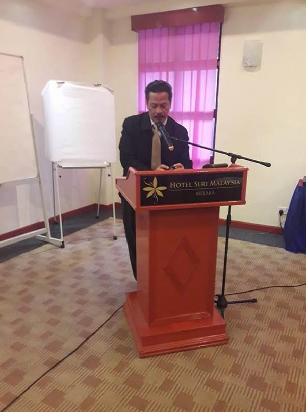 En Munawir, Penolong Akauntan Kanan Jabatan Akauntan Negara