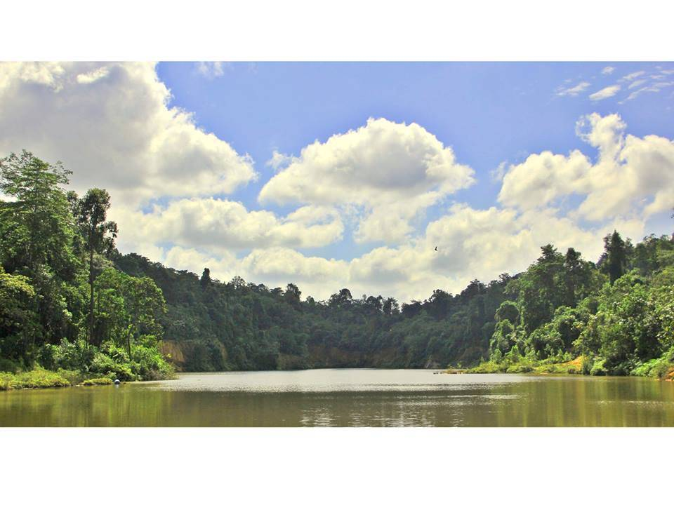 Tasik di Taman Negeri Bukit Sedanan