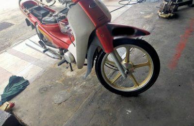 Tukar Tayar Motosikal Pula
