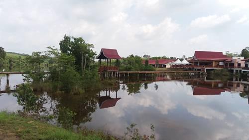 Layan Main Air di Mini Taman Air Tasik Chinchin Ekstrem