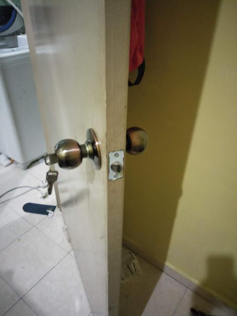 Berjaya Menukar Tombol Pintu