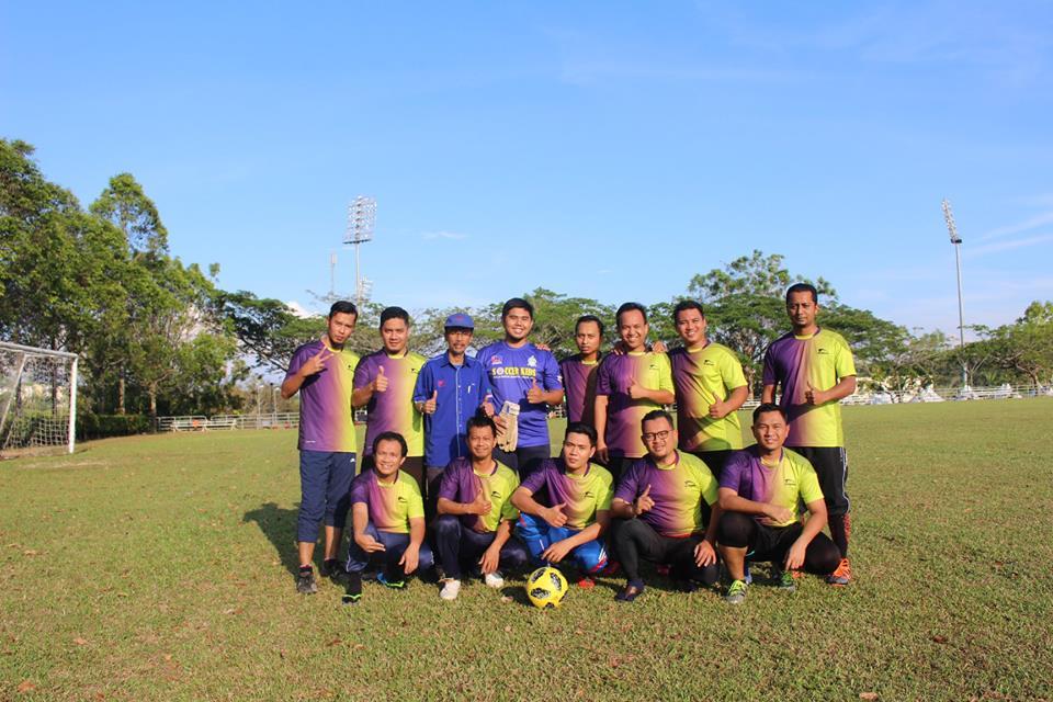 Main Bola Sepak Di Padang UTeM