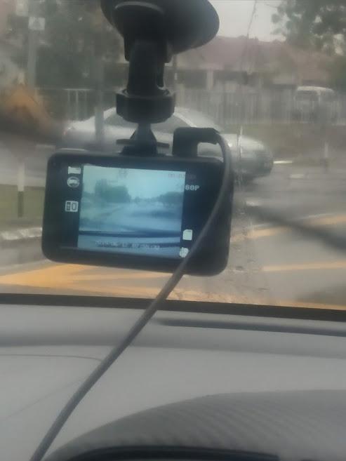 Vlog Dalam Kereta